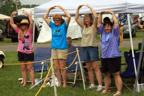 Breeders hanging out and having fun together at the dog show! This is what it's all about... Thank you Sarah Armstrong for the photo memories!